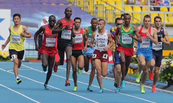 Предварительный забег на 1500 метров у мужчин