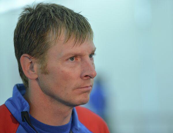 Бобслеист Александр Зубков во время интервью на тренировке сборной России по бобслею и скелетону