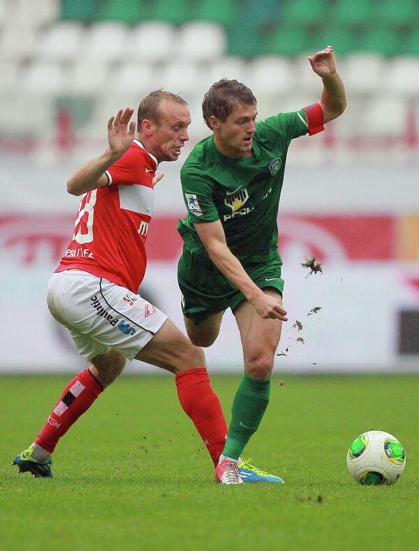 Денис Глушаков (слева) и Павел Голышев