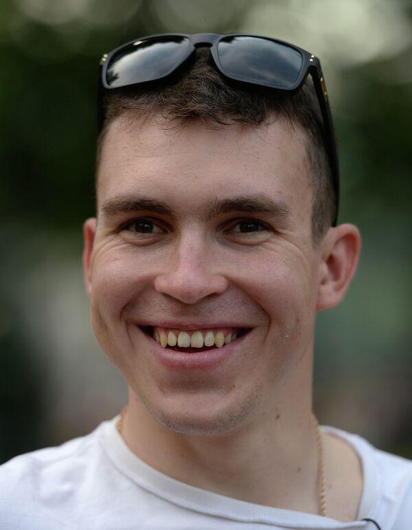 Велосипедист Антон Воробьев