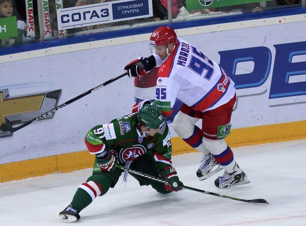 Крис Бурк (слева) и Алексей Морозов