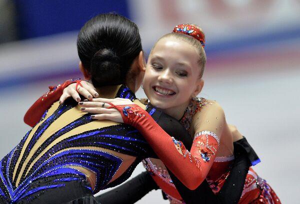 Мао Асада (слева) и Елена Радионова