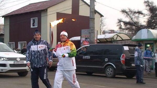 Иркутяне пронесли огонь ОИ-2014 по достопримечательностям города