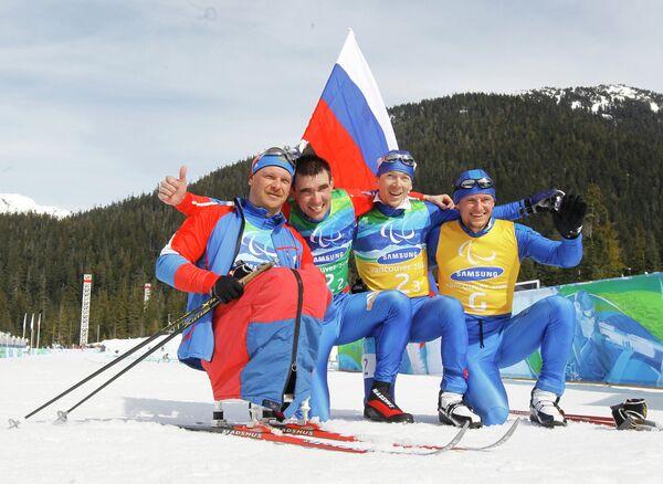 Сергей Шилов, Кирилл Михайлов, Николай Полухин и гид Андрей Токарев (слева направо)