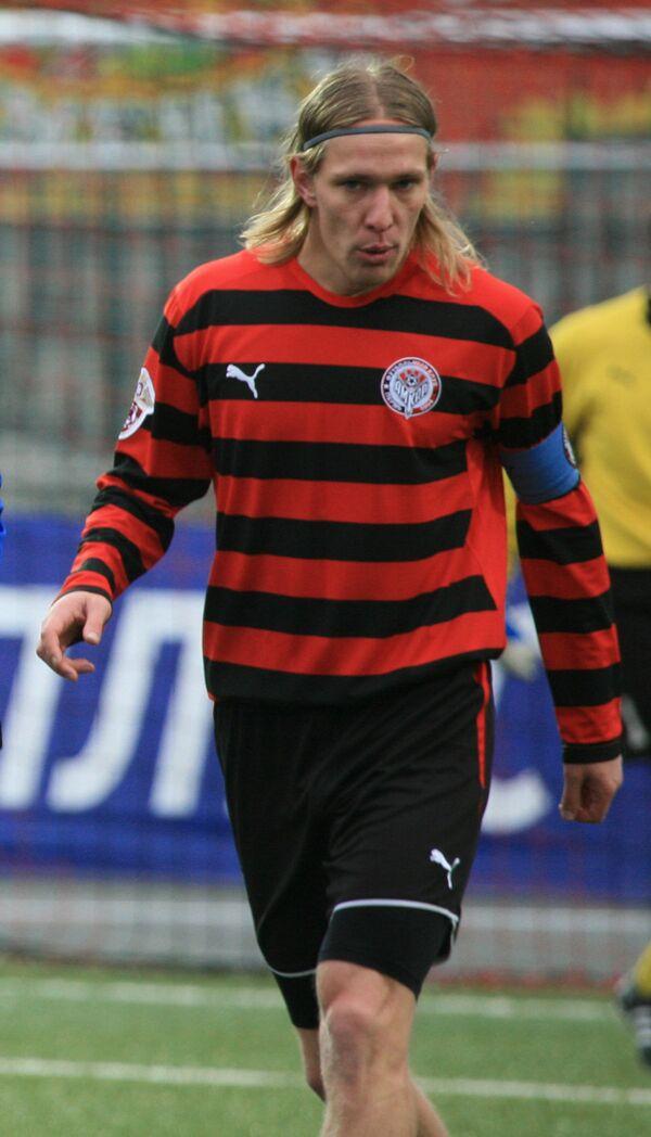 Защитник Амкара Дмитрий Белоруков