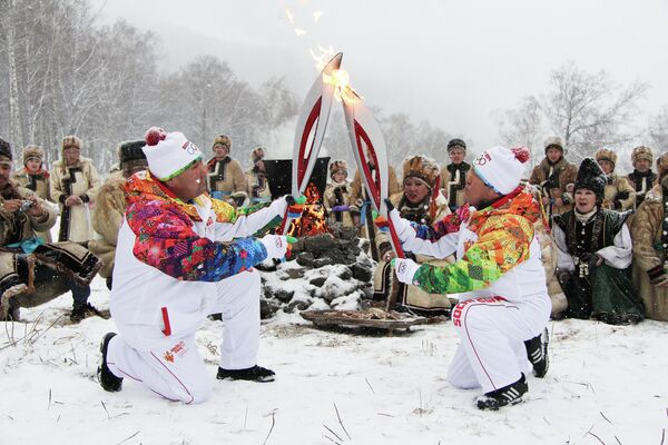 Эстафета олимпийского огня в Горно-Алтайске