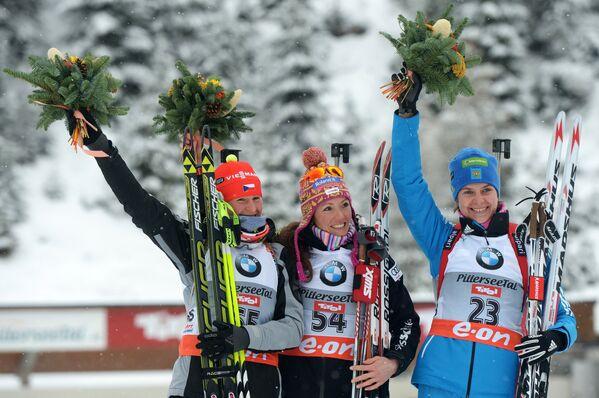 Вероника Виткова (Чехия) - второе место, Селина Гаспарен (Швейцария) - первое место, Ирина Старых (Россия) - третье место