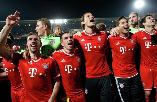 Футболисты Баварии после победы в финале клубного чемпионата мира