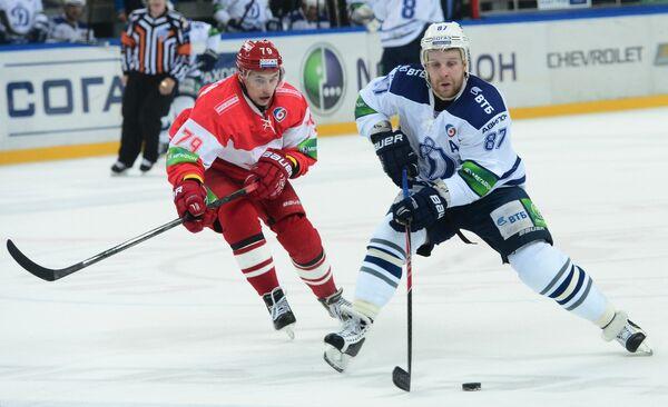 Филипп Толузаков (слева) и Леонид Комаров