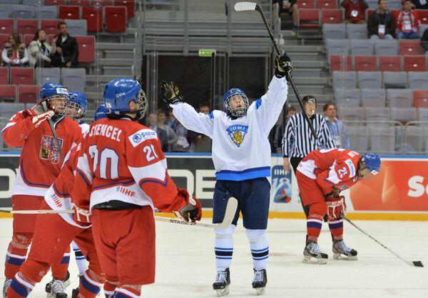 Нападающий юниорской сборной Финляндии Арттури Лехконен