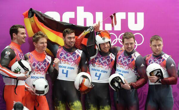 Андреас и Вольфганг Лингер, Тобиас Вендль и Тобиас Арльт, Оскарс Гудрамовичс и Петерис Калниньш (слева направо)