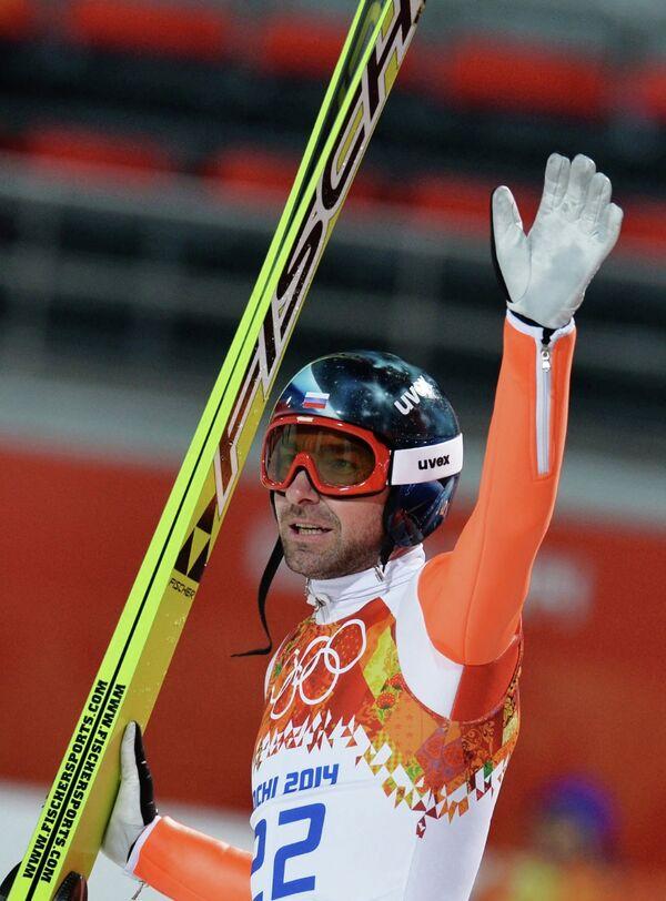 Дмитрий Васильев (Россия) в финале индивидуальных соревнований по прыжкам с большого трамплина