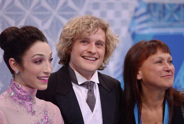 Мерил Дэвис и Чарли Уайт (США) с тренером Мариной Зуевой