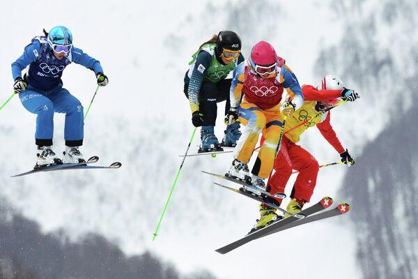 Катрин Анна Офнер (Австрия), Катя Крема (Австралия), Сандра Неслунд (Швеция) и Фанни Смит (Швейцария)