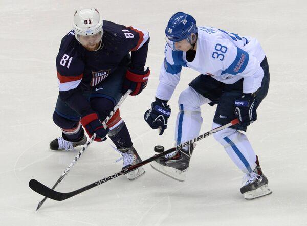 Игровой момент матча Финляндия-США