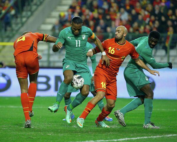 Игровой момент матча Бельгия - Кот-д'Ивуар