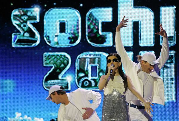 Певица Диана Гурцкая на церемонии закрытия зимних Паралимпийских игр в Ванкувере