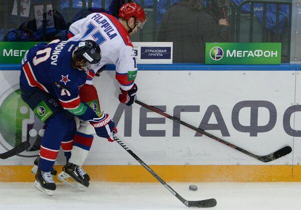 Виктор Тихонов (слева) и Илари Фильппула