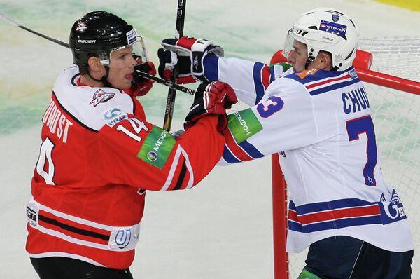 Вацлав Недорост (слева)