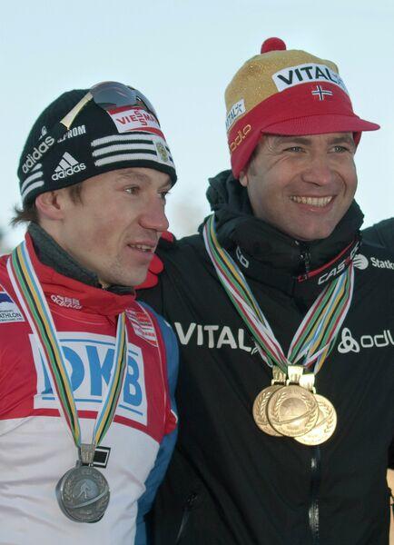 Максим Чудов и Оле-Эйнар Бьорндален (слева направо)