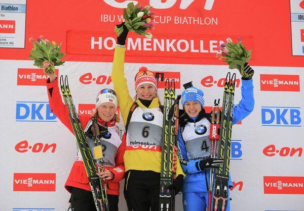Слева направо: Тура Бергер, Анастасия Кузьмина, Ольга Вилухина