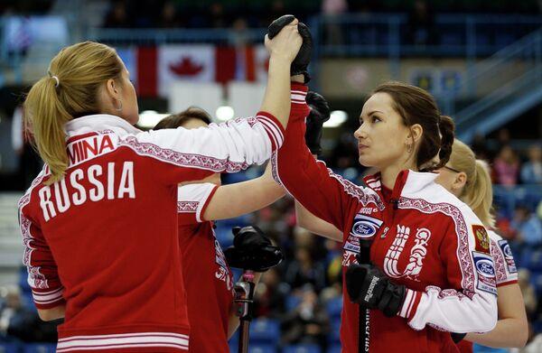 Керлингистки сборной России во время матча за бронзовые медали