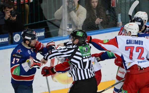 Илья Ковальчук (слева) и Эмиль Галимов