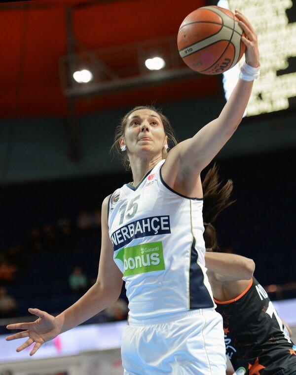 Баскетболистка Фенербахче Ивана Матович