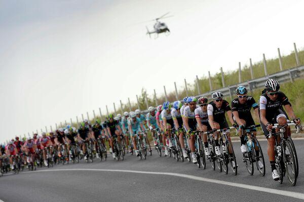 Велогонщики на этапе Джиро д'Италия