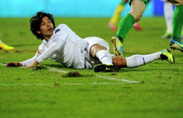 Полузащитник сборной Чили и Фиорентины Матиас Фернандес заявил, что не сыграет на чемпионате мира по футболу в Бразилии из-за травмы.