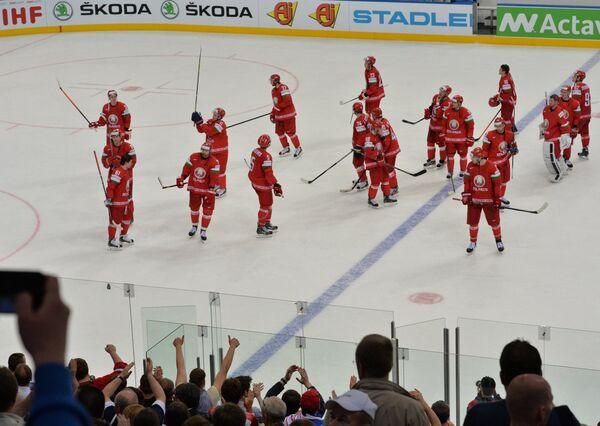 Хоккеисты сборной Белоруссии после проигрыша в четвертьфинальном матче чемпионата мира по хоккею