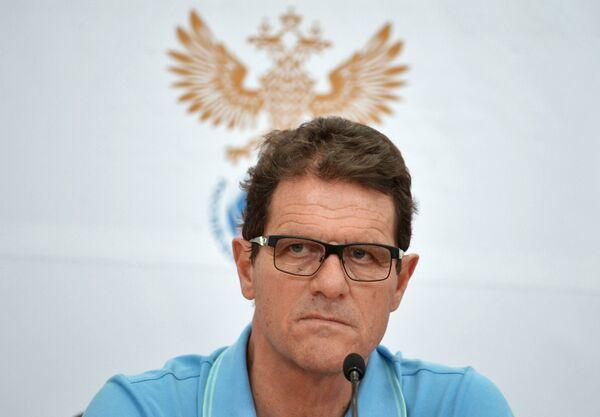 Главный тренер национальной сборной России по футболу Фабио Капелло на пресс-конференции