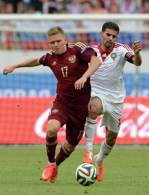 Игровой момент матча сборных России и Марокко
