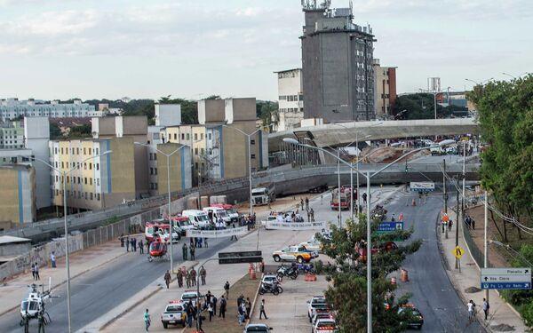 Обрушение эстакады в бразильском городе Белу-Оризонти