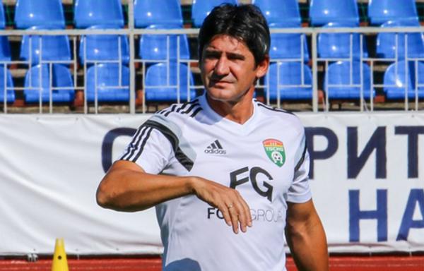 Николай Костов