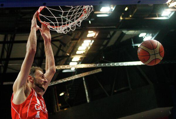 форвард сборной Грузии по баскетболу Виктор Саникидзе
