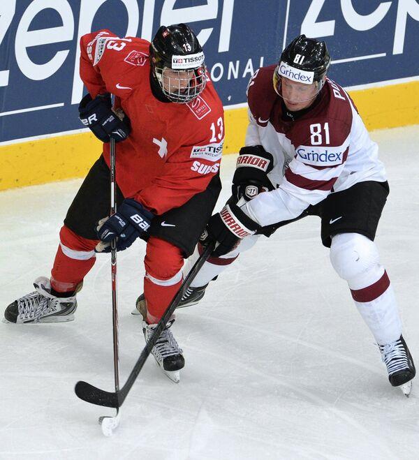 Кевин Фиала (слева) и Георгий Пуяц