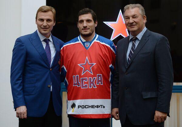 Сергей Федоров, Игорь Волков и Владислав Третьяк (слева направо)