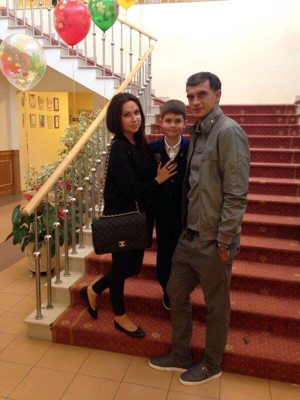 Владимир Габулов с женой Кирой и сыном Данэлом