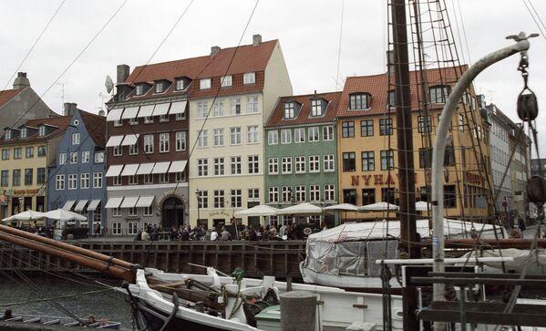 Набережная канала в Копенгагене.