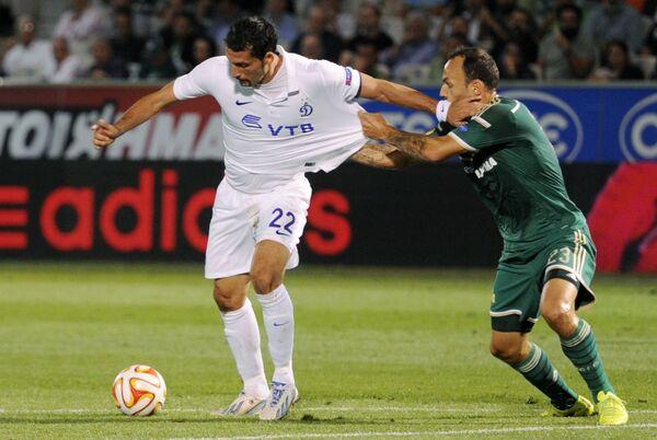 Игровой момент матча Панатинаикос - Динамо