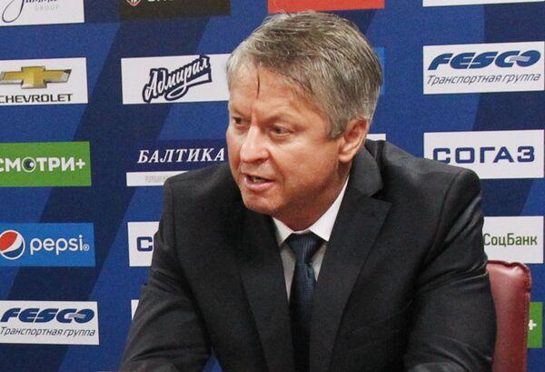 Главный тренер ХК Адмирал Душан Грегор