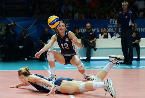 Игровой момент матча США - Китай