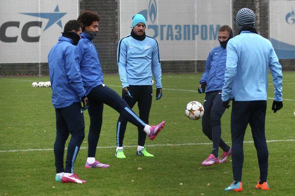 Игроки ФК Зенит на тренировке перед матчем группового этапа Лиги чемпионов.