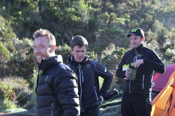 Датчанин Ники Соренсен (на первом план слева) закончил карьеру в 2014 году и поехал на тимбилдинг  уже в составе менеджерского состава команды