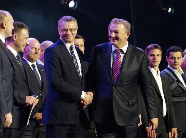 Александр Медведев (слева) и Владислав Третьяк