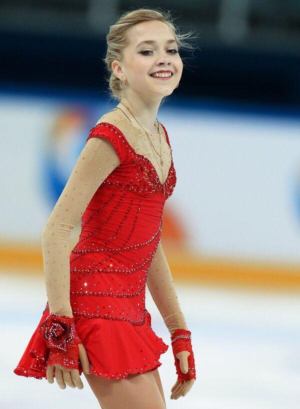 Елена Радионова после выступления в короткой программе женского одиночного катания на чемпионате России