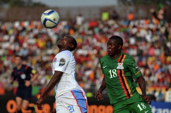 Игровой момент матча Замбия - ДР Конго