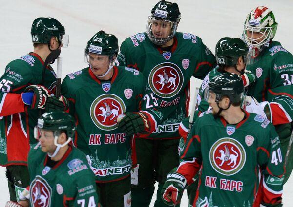Хоккесты Ак Барса радуются победе
