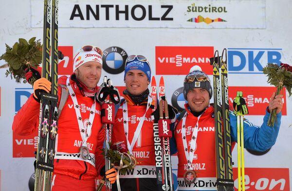 Симон Эдер (Австрия) – 2-е место, Симон Шемпп (Германия) – 1-е место, Евгений Гараничев (Россия) – 3-е место (слева направо)